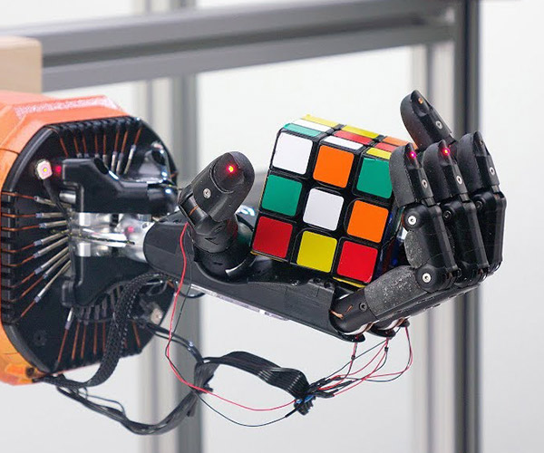 One-Handed Rubik's Cube Robot