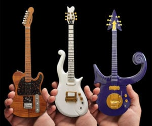Axe Heaven Mini Guitars