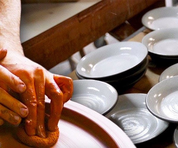 Making Elegant Ceramic Plates