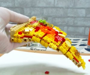 Stop-Motion LEGO Pizza