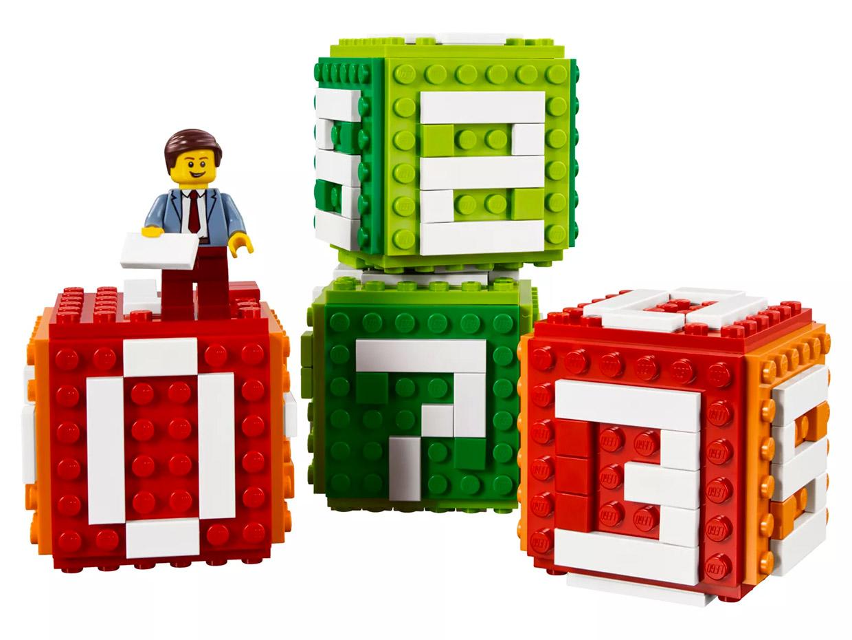 LEGO Desk Calendar