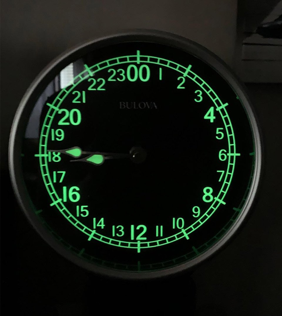 Corsair Table Clock