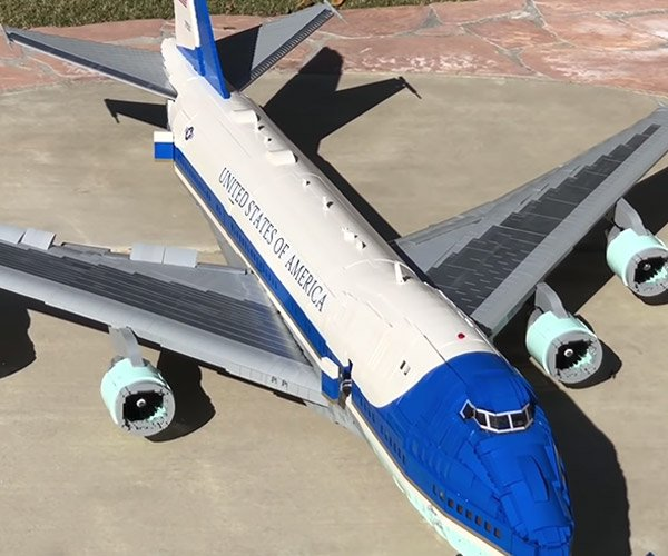 LEGO Air Force One 747