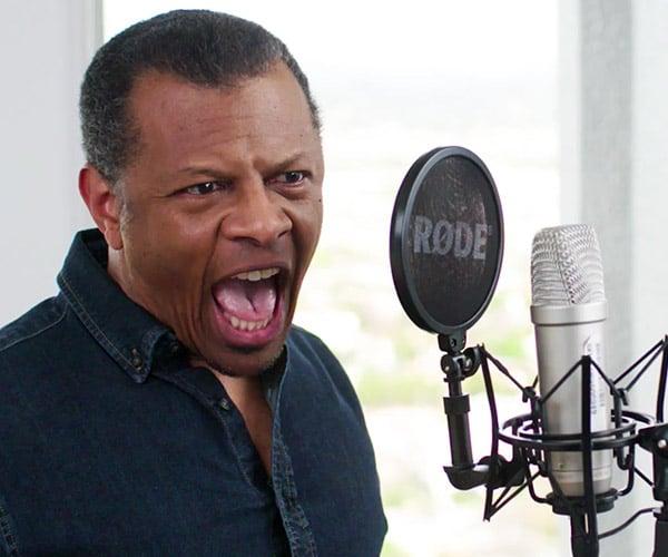 Phil LaMarr Improvises Voices