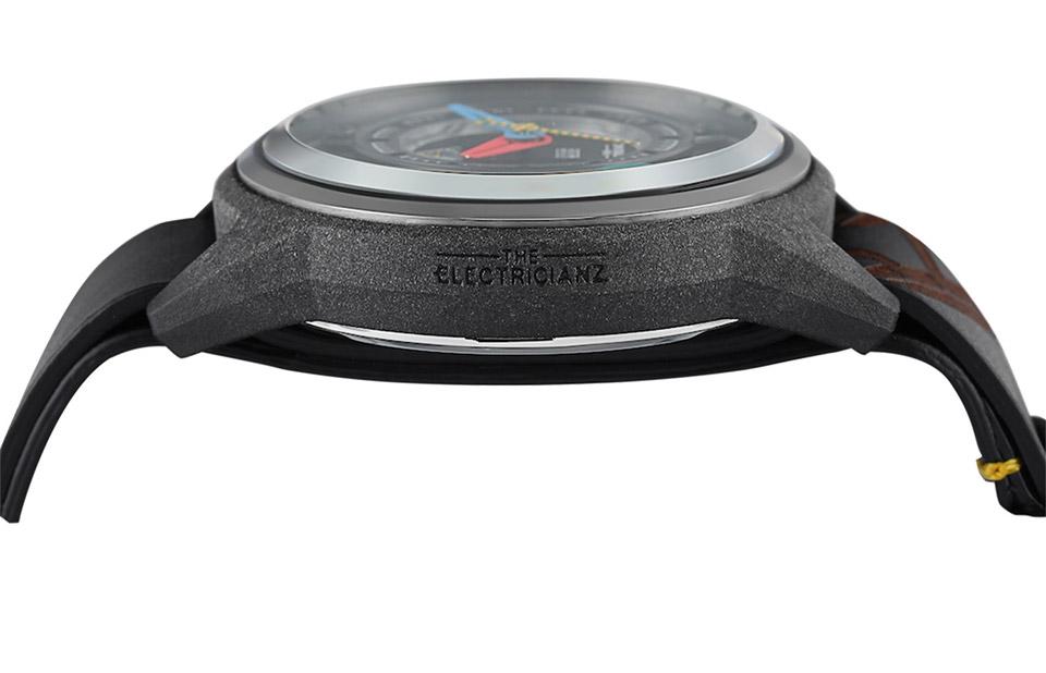Electricianz Carbon Z Watch