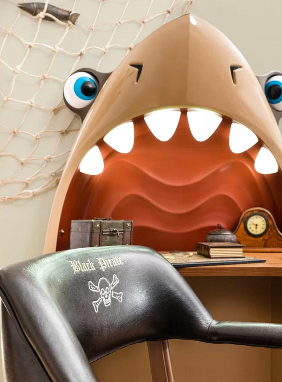 Kids' Shark Desk