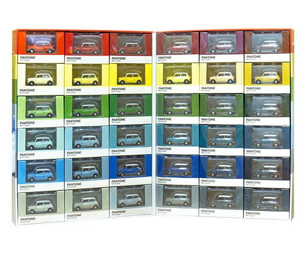 1/50 MINI Cooper Pantone Cars