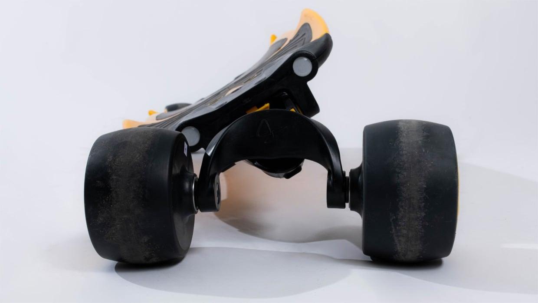 Traqpod Carving Skateboard