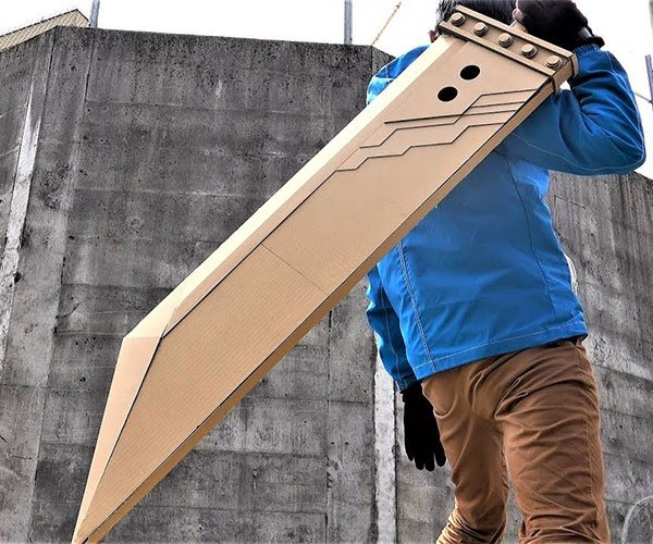 Cardboard Cloud's Buster Sword