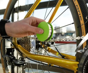 Green Disc Bike Chain Lubricator