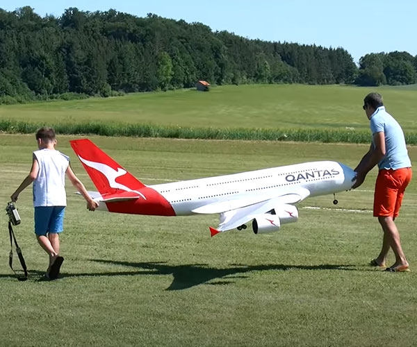 Flying a Lightweight RC Jumbo Jet