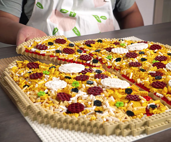 Large LEGO Pizza