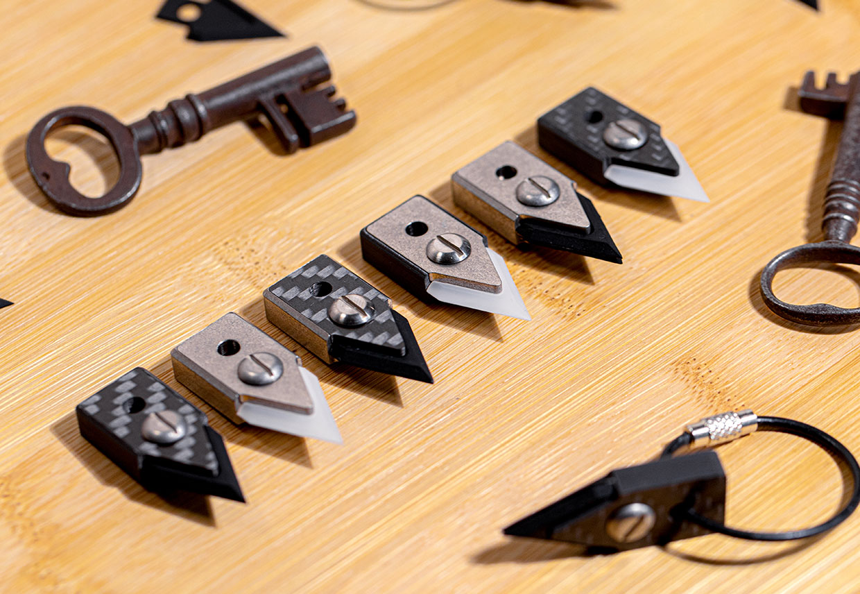 C13 MicroKnife