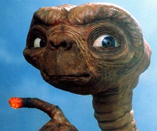 E.T. Honest Trailer