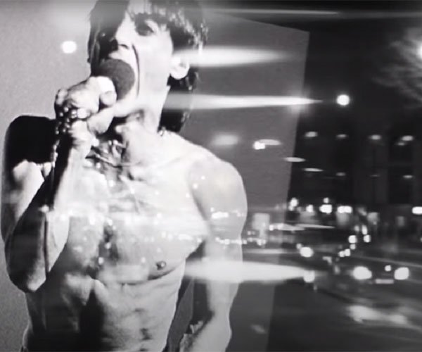Iggy Pop: The Passenger (Video)