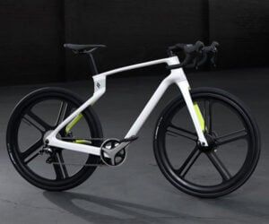 Superstrata Custom Carbon Bike