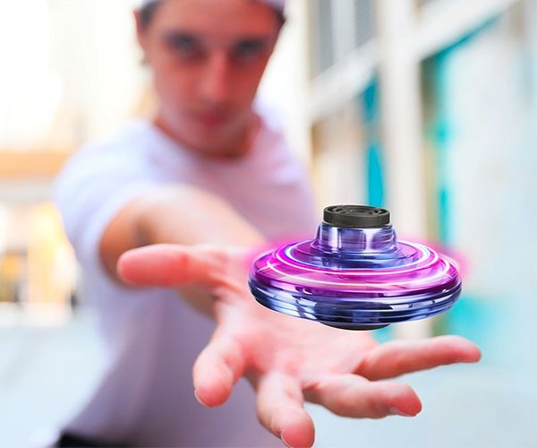 FlyNova Flying Spinner