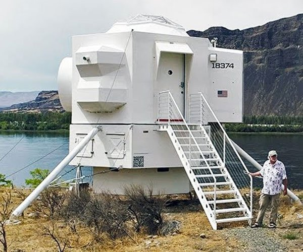 Lunar Lander Tiny House