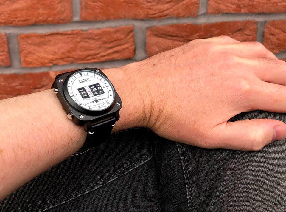 Altimeter Revolving Watch