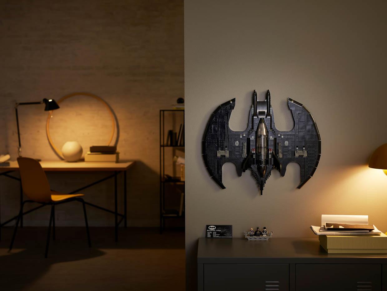 LEGO 1989 Batman Batwing