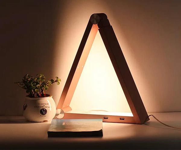 LED Triangle Lamp