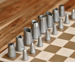 Crownes Chess Set