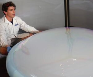 World's Largest Dry Ice Bubble