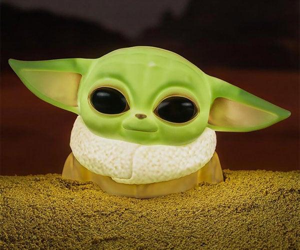 Baby Yoda Desktop Light