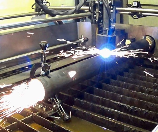 Rotary-axis Plasma Cutter