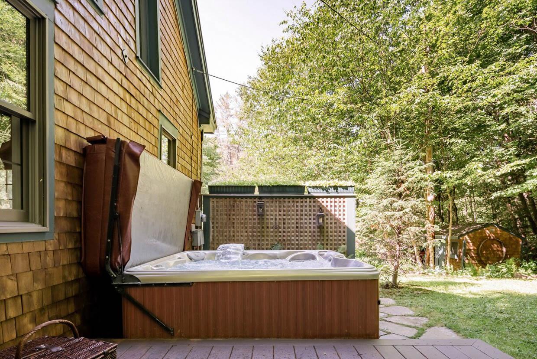 Stowe Getaway Cabin