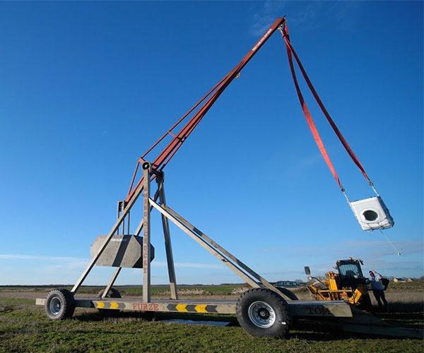 Giant Trebuchet First Test
