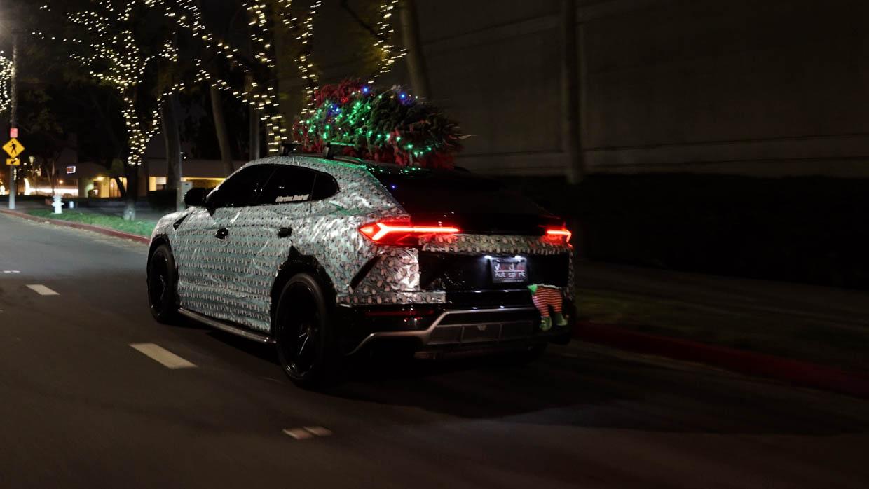 Giftwrapped Lamborghini