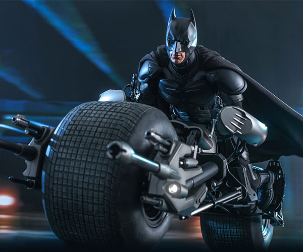 Hot Toys Batman Bat-Pod