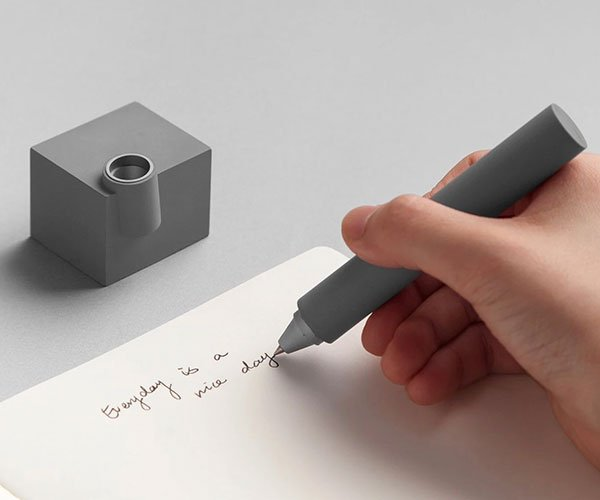 Merge Desk Pen