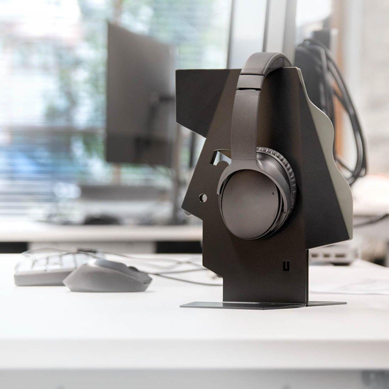 Nor-man Headphone Stand