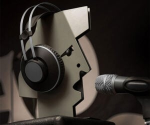 Nor-man Headphone Stand