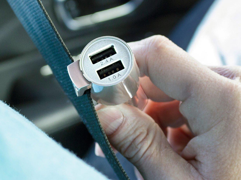 ChargeHub V2: 3-in-1 Vehicle Emergency Tool