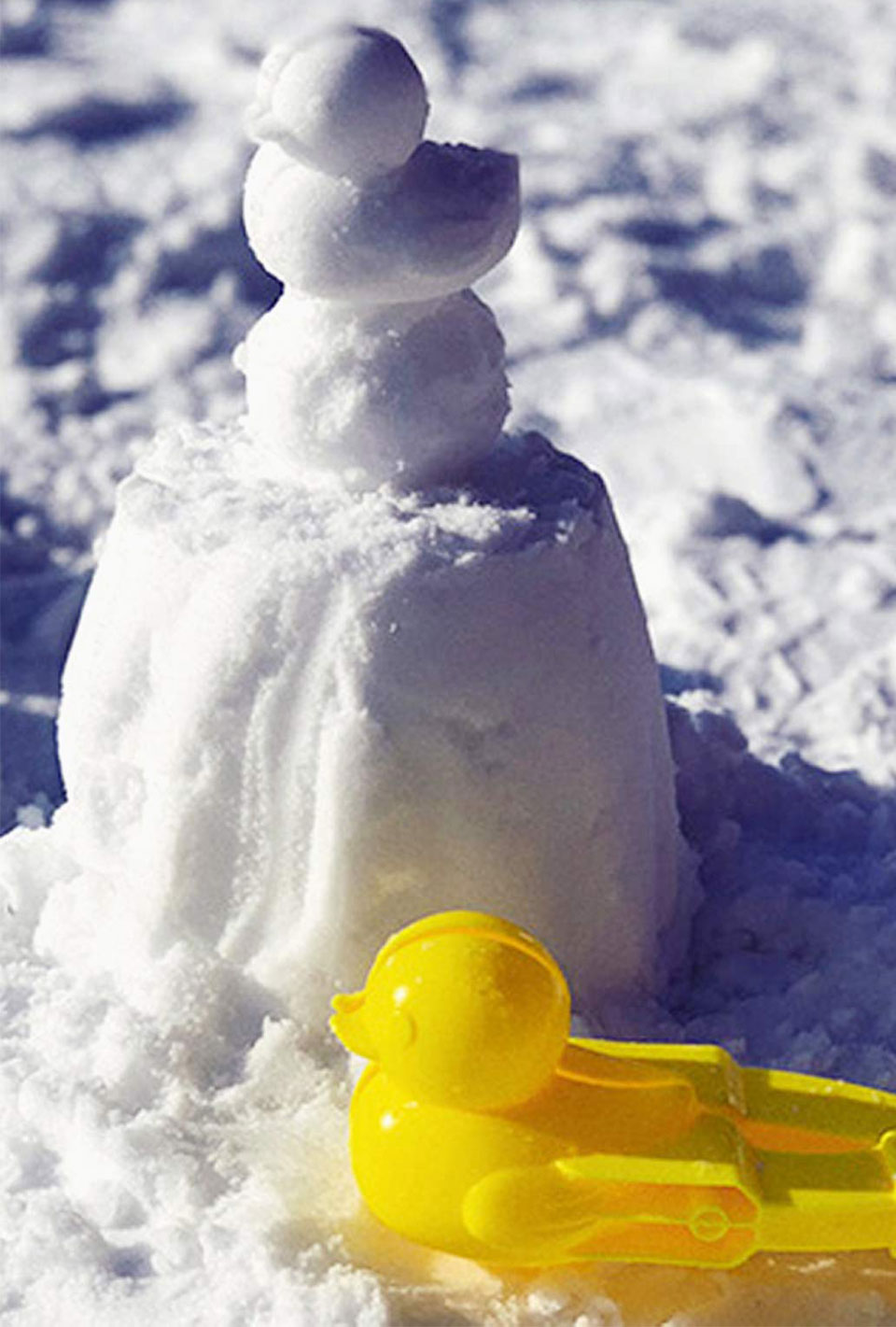Duck-shaped Snowball Maker