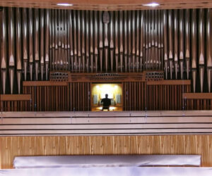 Epic Pipe Organ Performance