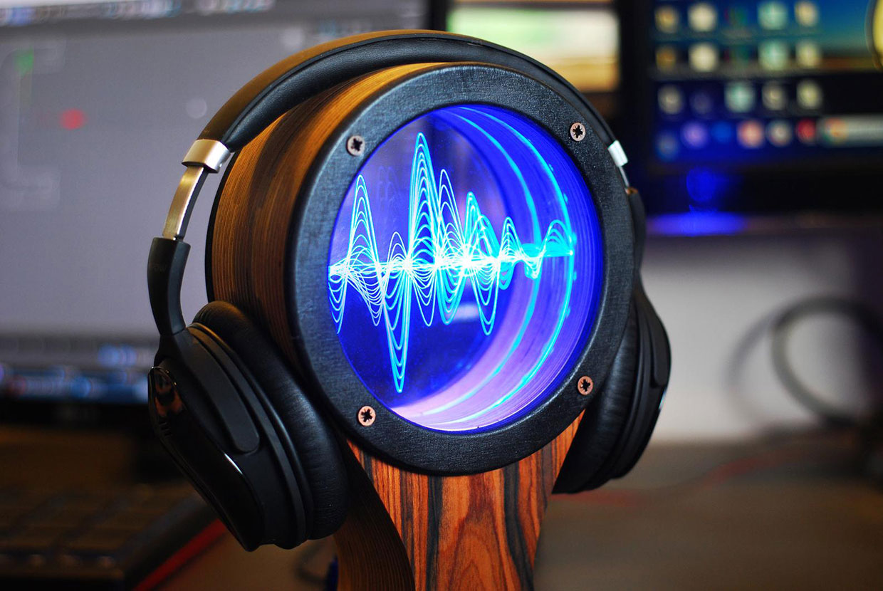 LED Waveform Headphone Stand