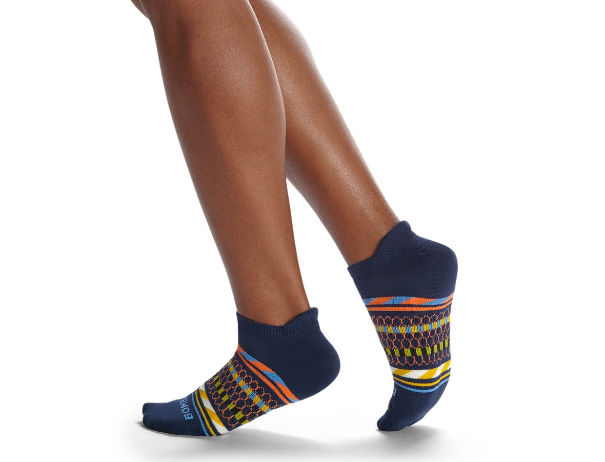 Bombas Black Hive Sock Collection