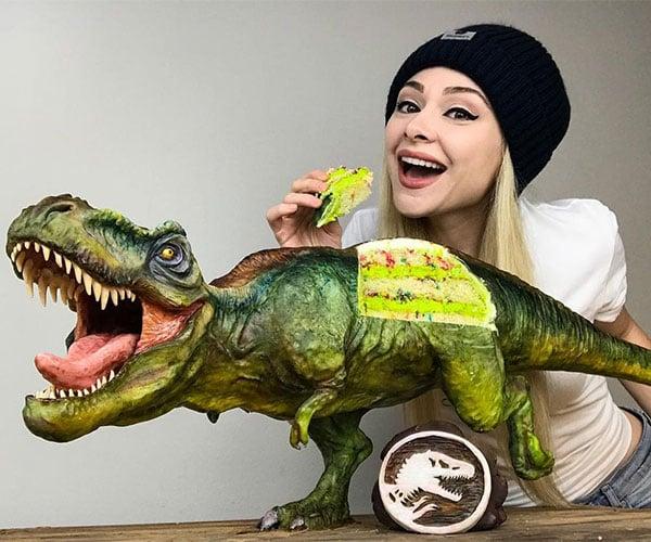 Realistic T-Rex Cake