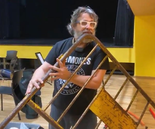 Playing the Barricade