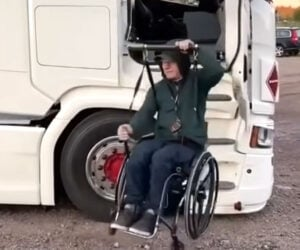 How to Enter a Semi Truck in a Wheelchair