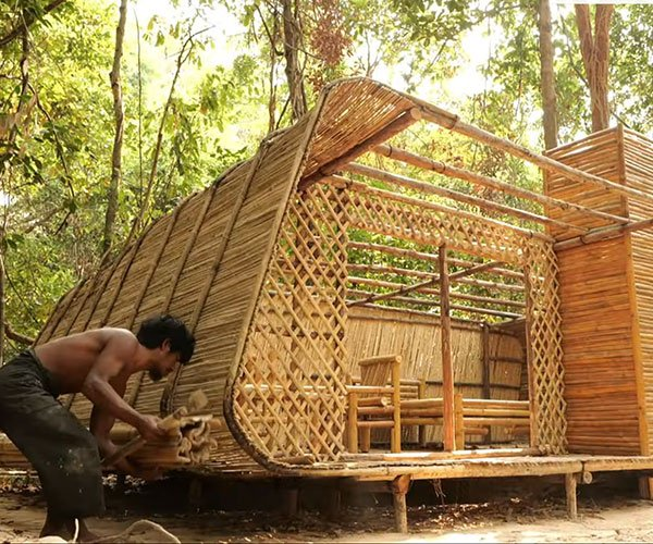 Building a Bamboo Villa