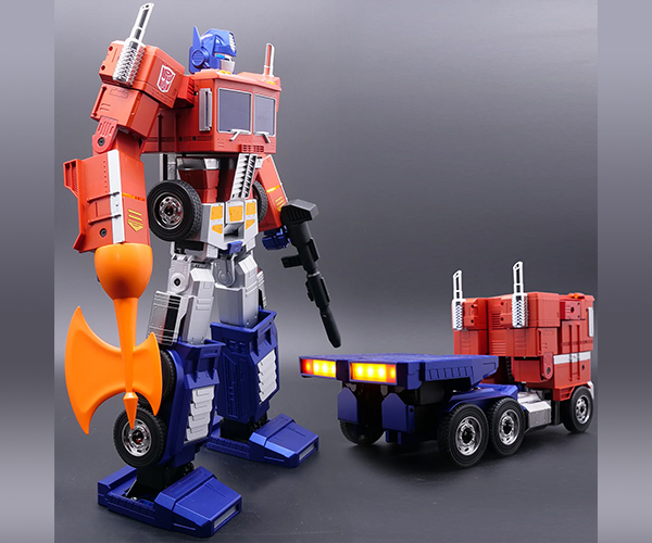 Robosen Transformers Optimus Prime Robot