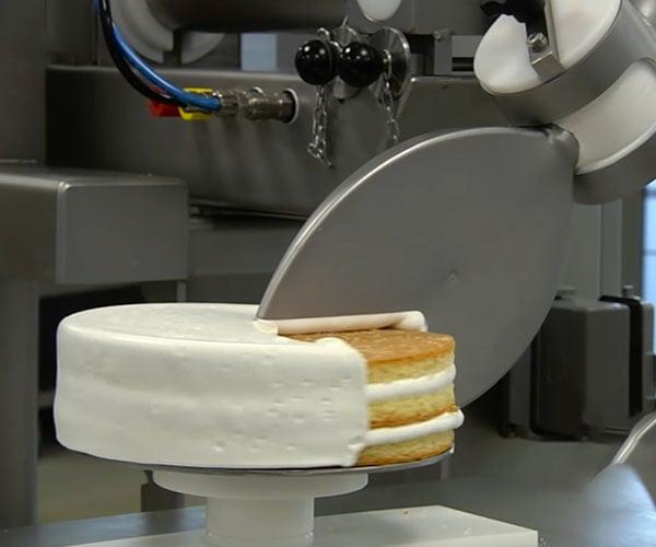 Cake Decorating Robot