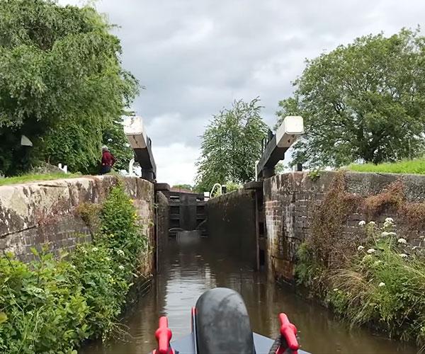 Llangollen Canal POV