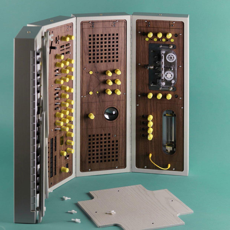 MDLR-37 Modular Synthesizer