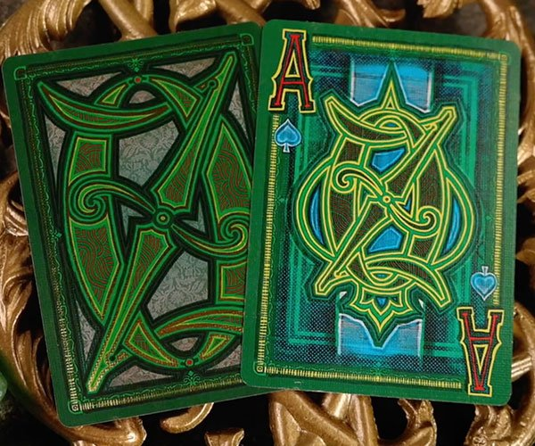 Kings Wild x The Wizard of Oz Playing Cards